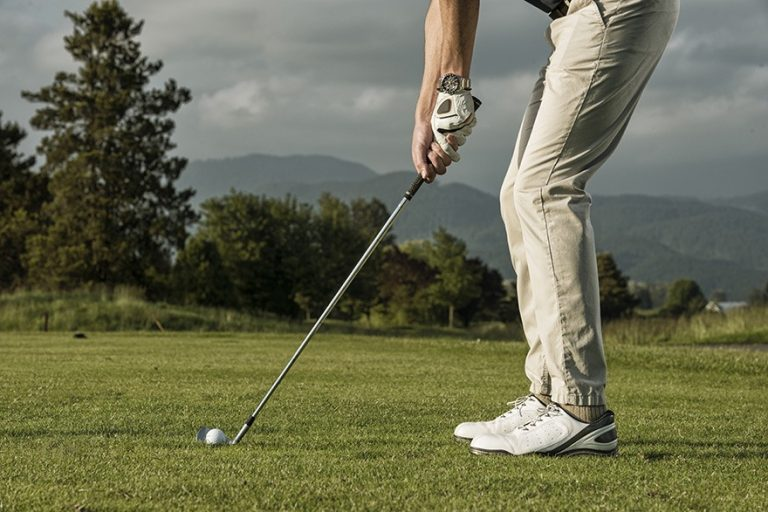 Best Golf Clubs for Tall Men 2021 to Avoid Bending Your Knees Too Much