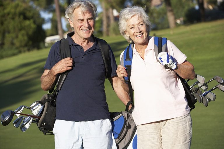 How to Carry A Golf Bag and Why Is It So Important?