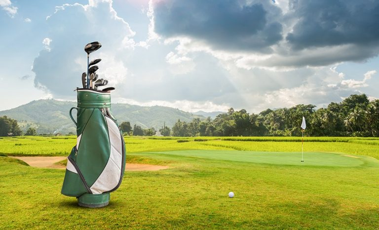 Most Practical Tips for Traveling with Your Golf Clubs Safely